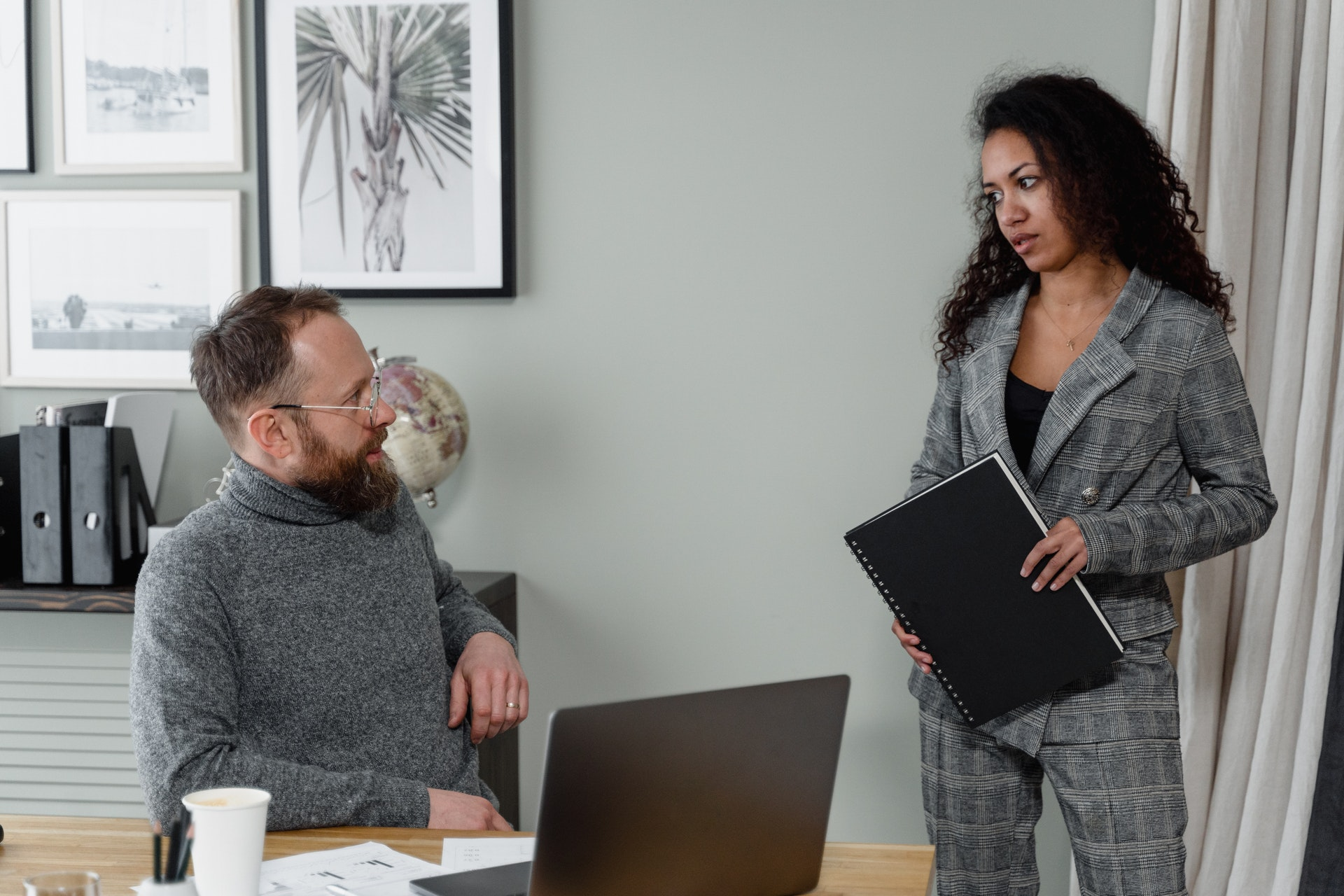 Stop Micromanaging To Become A Better Leader